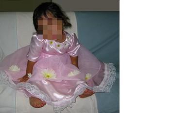 サテンのドレス1-2.jpg